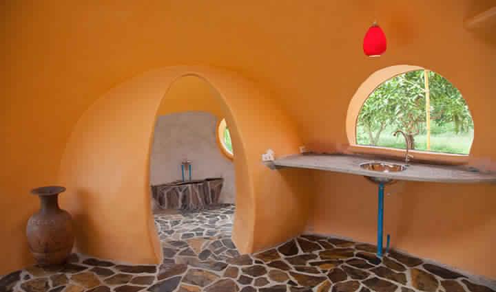 avec 6500 euros en poche cet homme a b ti la maison de ses r ves en 6 semaines voyage actus. Black Bedroom Furniture Sets. Home Design Ideas