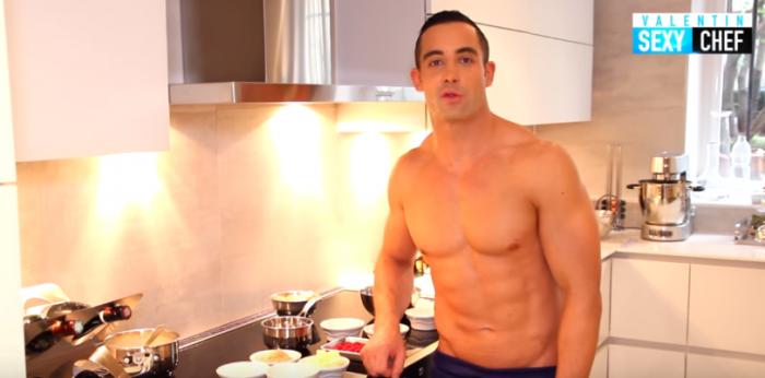 L'ex-candidat de « Top Chef » nu, sur YouTube: