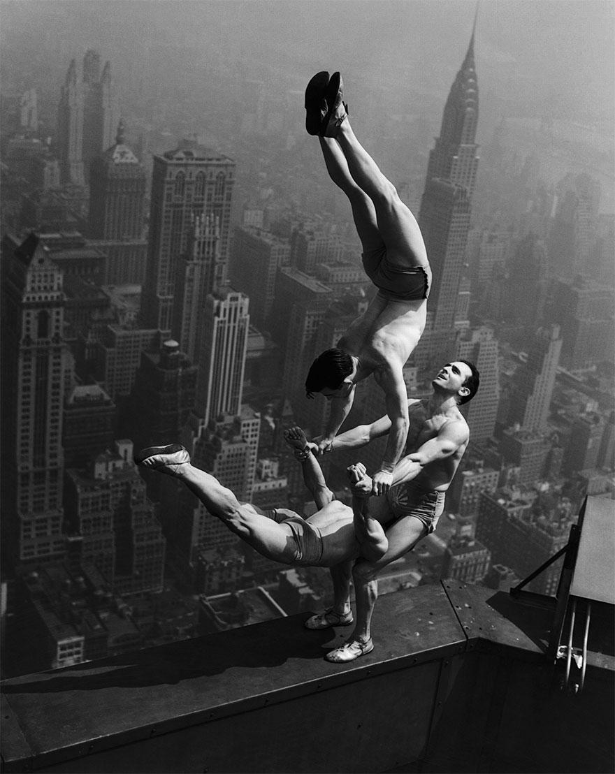 photos historiques acrobats