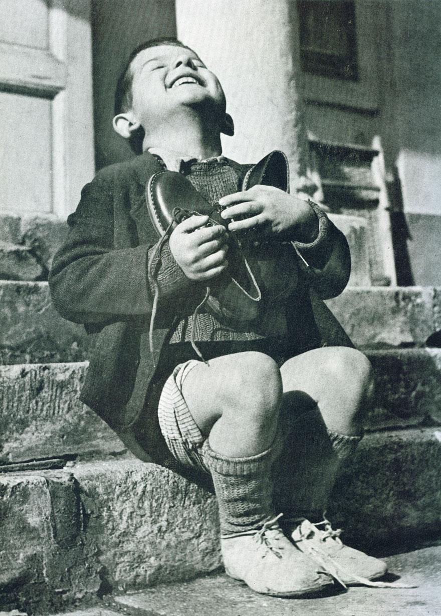 photos historiques enfant autruchien